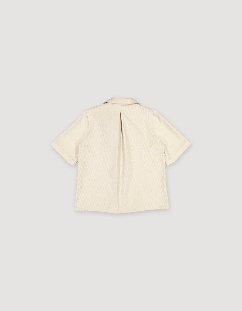 White boxy short sleeve shirt