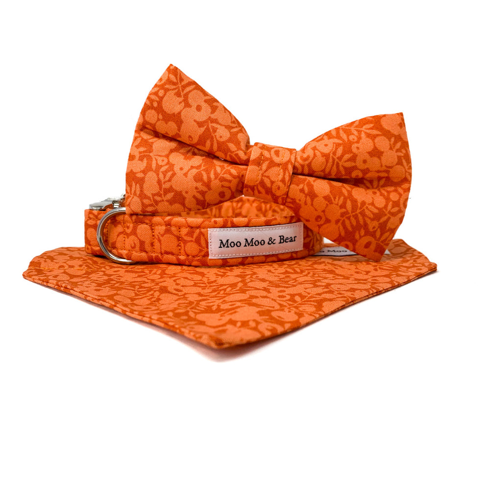 LIBERTY OF LONDON WILTSHIRE ORANGE FELT DOG COLLAR FLOWER