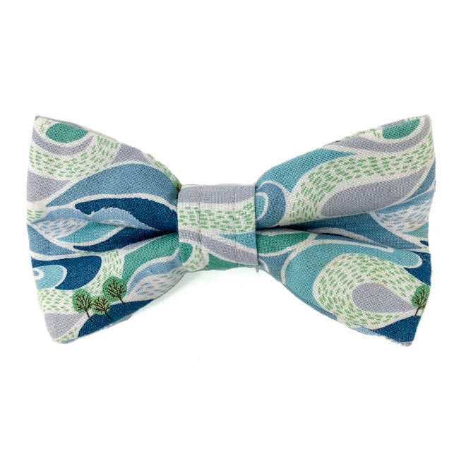 'FELLS AND PEAKS' DOG BOW TIE IN BLUE