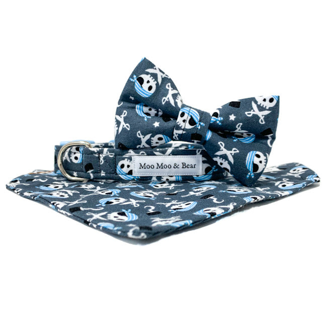 'CAPTAIN JACK' DOG BANDANA IN GREY
