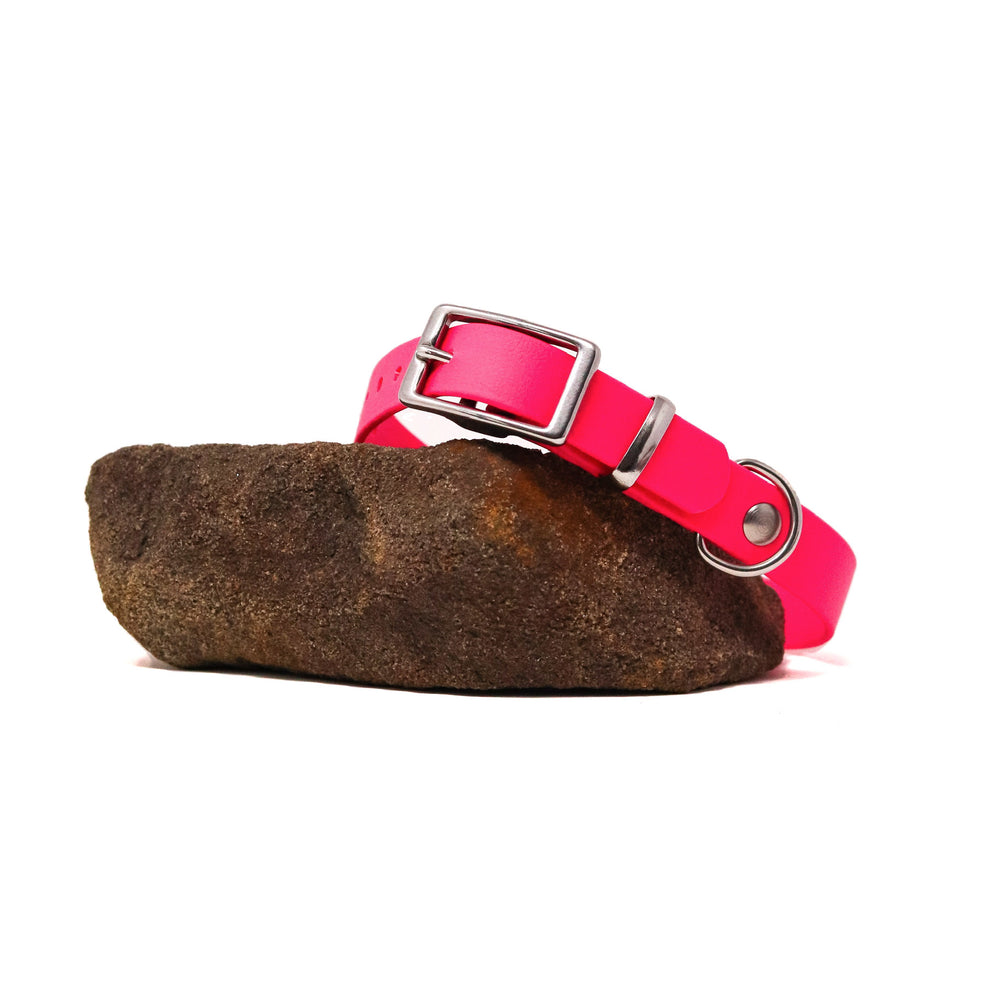 THE MOORLAND COLLECTION GENUINE BIOTHANE® DOG COLLAR -1ST EDITION - MAGENTA