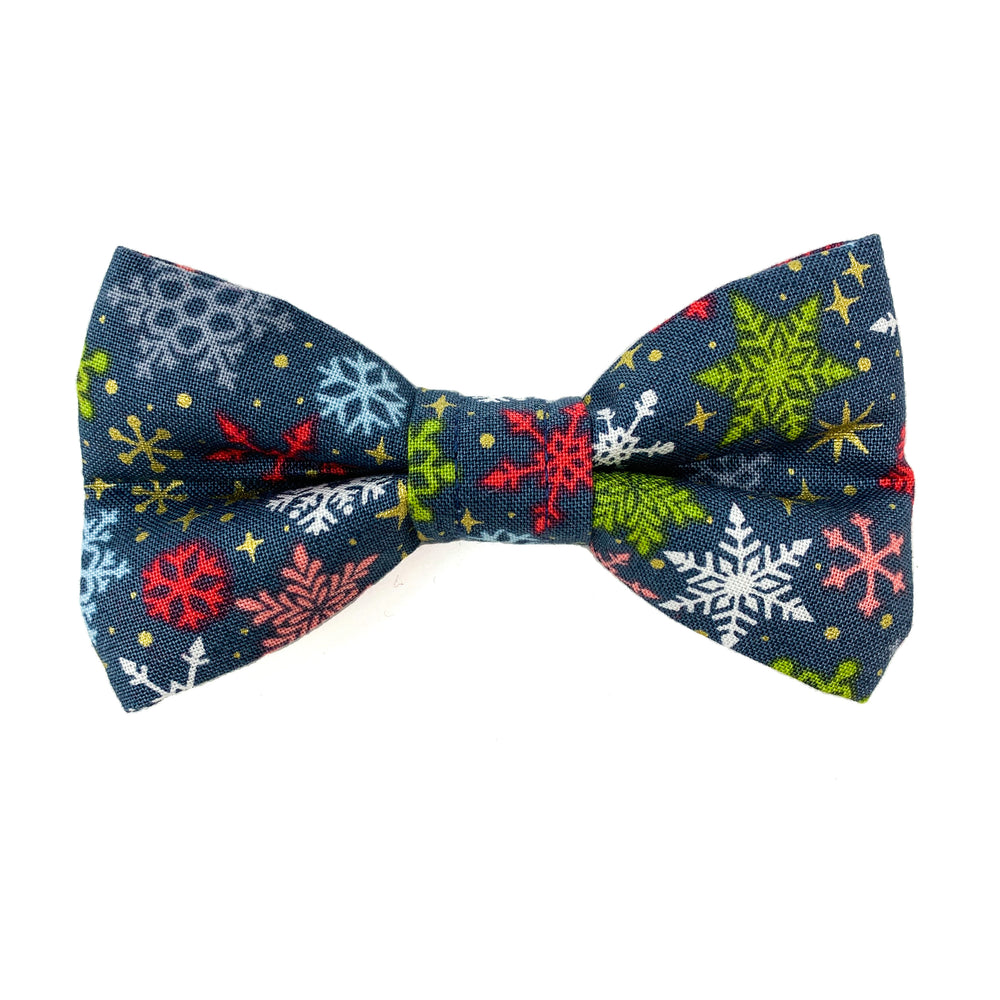 'SNOWFLAKE' WINTER GREY DOG BOW TIE