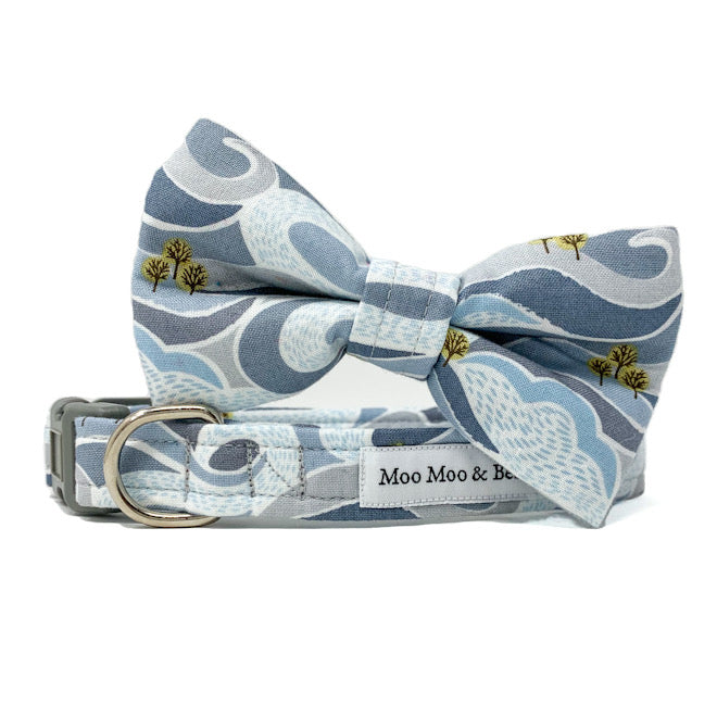 'FELLS AND PEAKS' DOG BANDANA IN GREY
