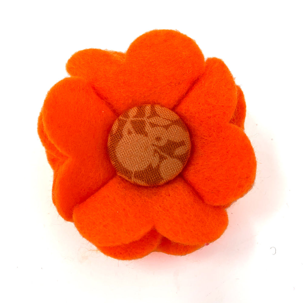 woolblend dog collar flower in orange