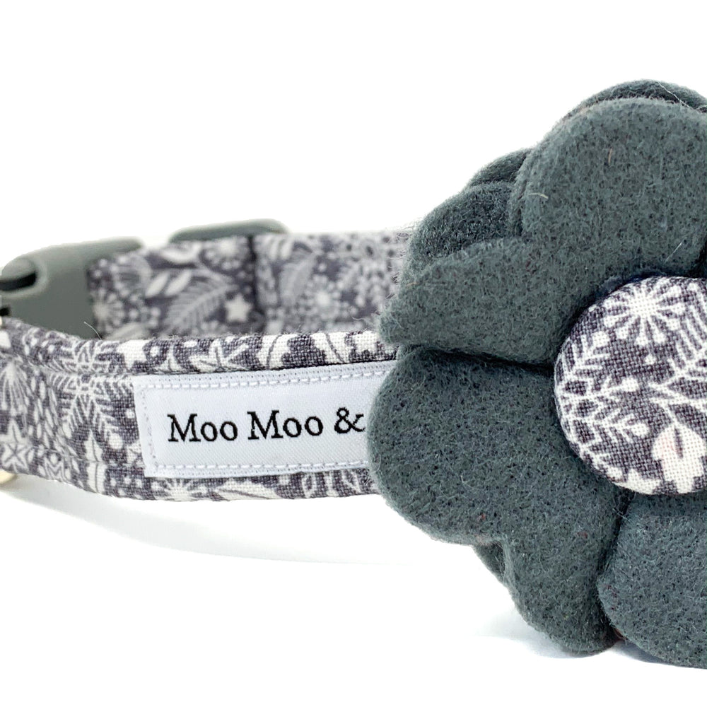 'SCANDI WINTER' GREY DOG COLLAR FELT FLOWER