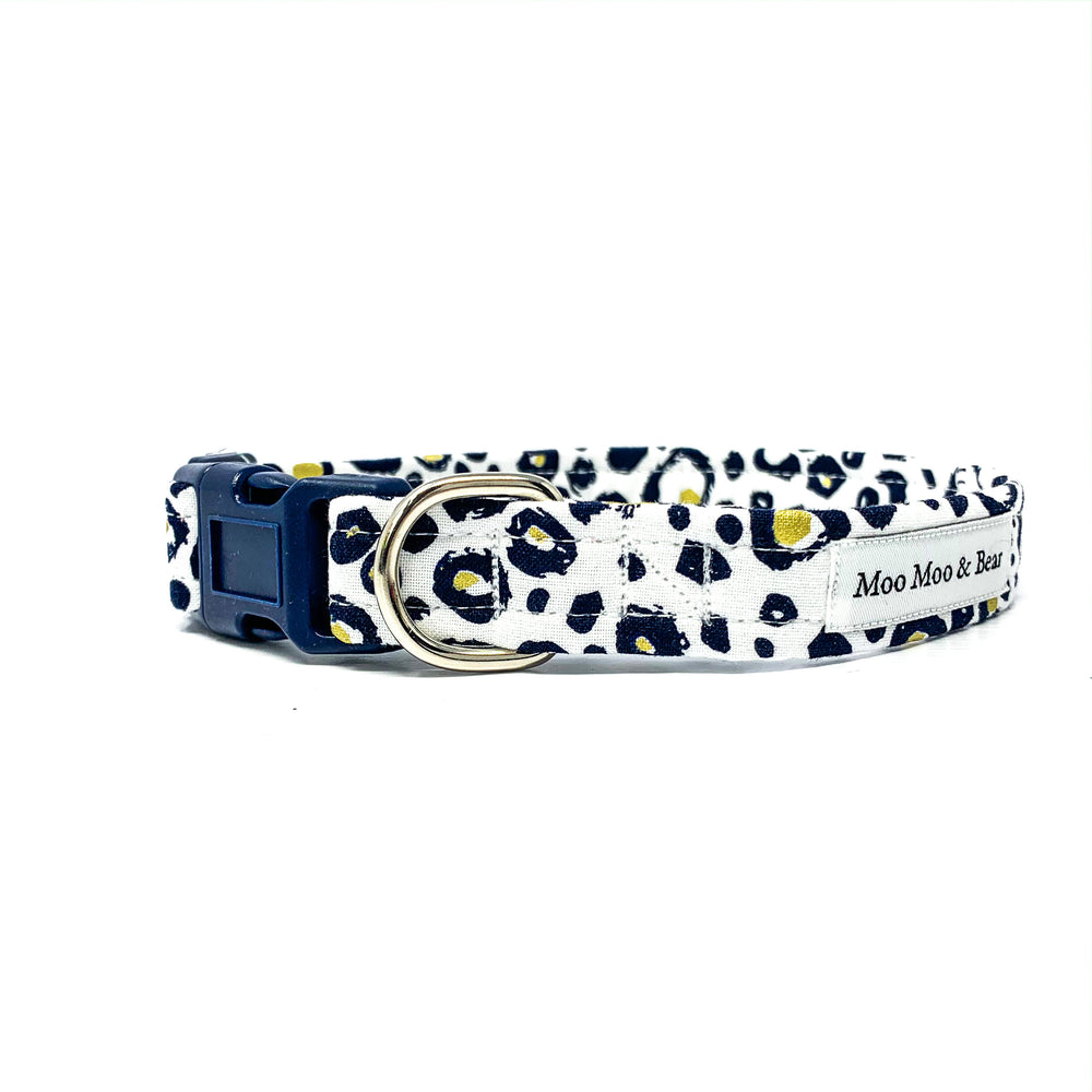 'SNOW LEOPARD' DOG COLLAR AND OPTIONAL LEAD