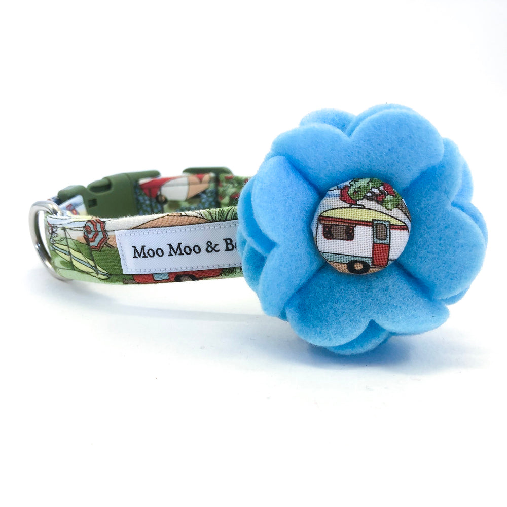 'VINTAGE CAMPING' DOG COLLAR FELT FLOWER