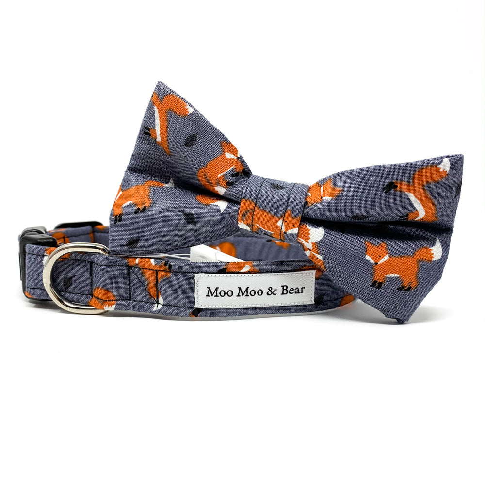 'FOXES' DOG BOW TIE