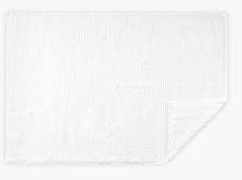 Load image into Gallery viewer, Matouk Aman Bath Towels White