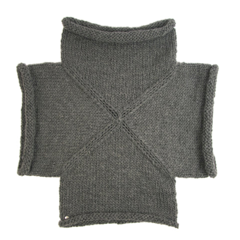BLESS: Cross Short Sweater, Gray