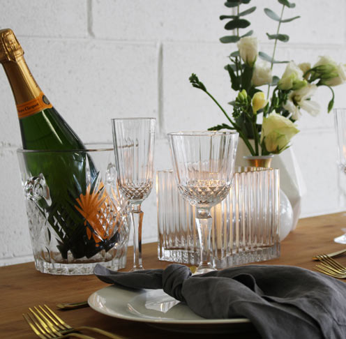 Wedding inspiration tableware  - the white place lifestyle and events