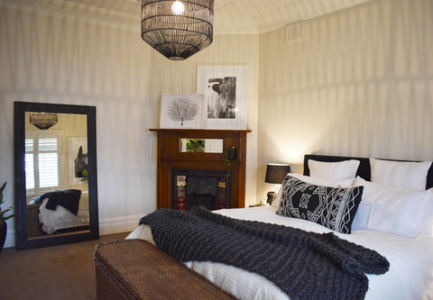 Stay at the white place - Orange NSW