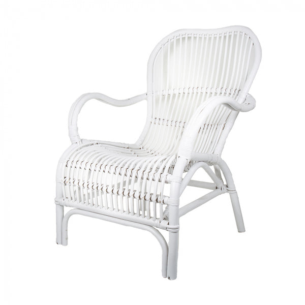 white rattan armchair available for hire for events, wweddings and celebrations in orange, dubbo or bathurst, central west nsw