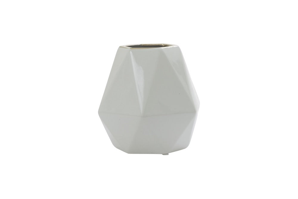 white ceramic facet vase with gold rim. available for hire for vase for flowers. available for weddings, parties, events in orange, dubbo, bathurst and central west nsw