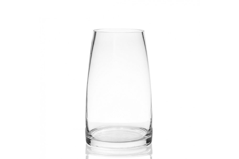 curved glass vase