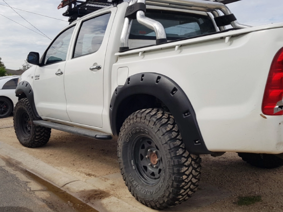 SLIM LINE MATTE BLACK JUNGLE FLARES 6PC TO SUIT TOYOTA HILUX 2005-2011