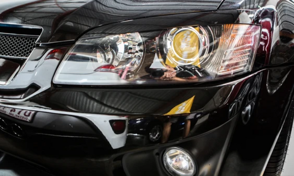 GLOSS BLACK INJECTION PLASTIC HEADLIGHT COVERS TO SUIT HOLDEN COMMODORE VE SERIES  I & II