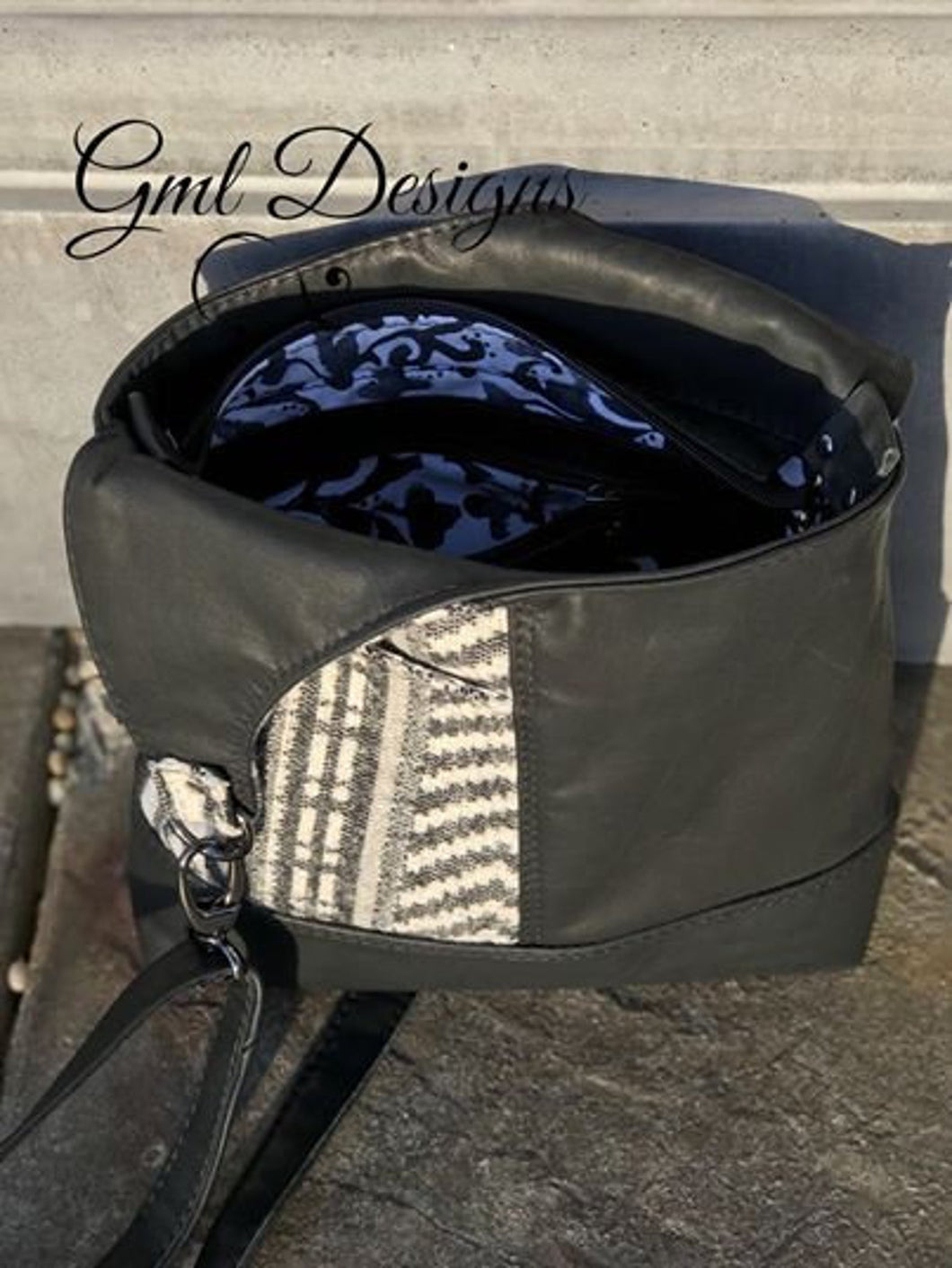 The Petite Hummingbird Hobo - by GML Design