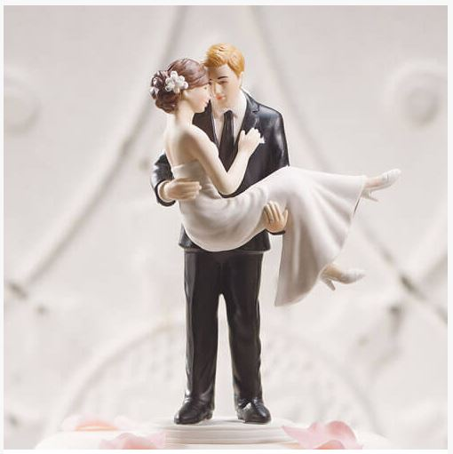 How to Find Custom Wedding Cake Toppers to Suit Any Couple