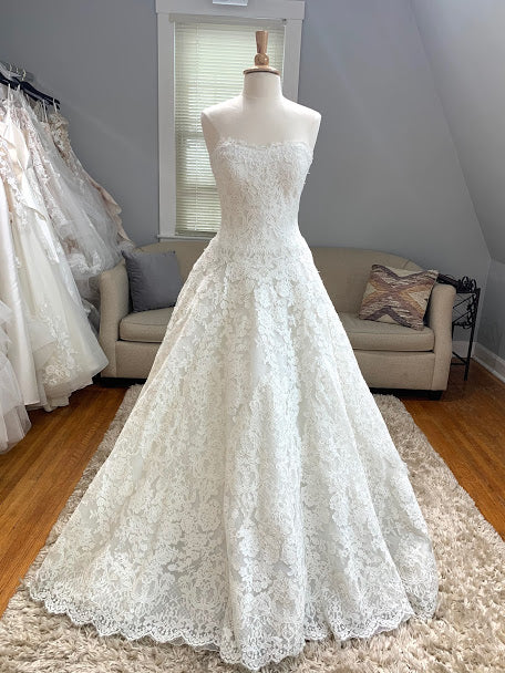 Pronovias: Pricillla
