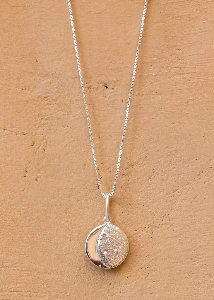 Handmade Moon Medallion. 01 Silver - Alor The Label
