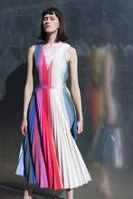 Load image into Gallery viewer, SAMPLE SALE | CHROMA SKIRT