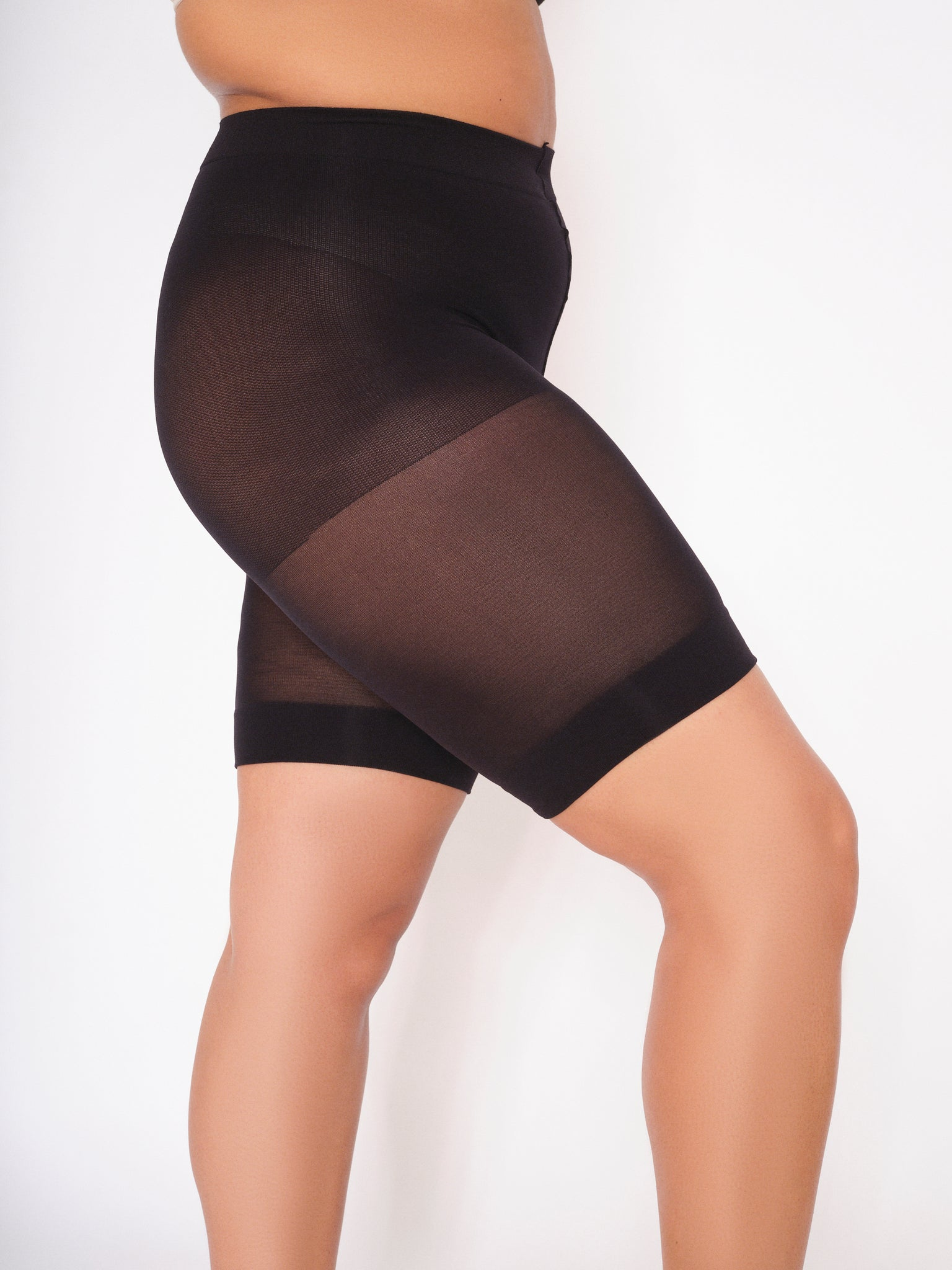 ELLE Bums n Tums Control Above Knee Tights