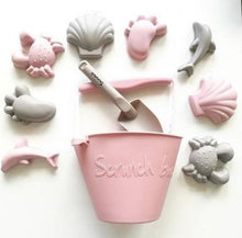 Load image into Gallery viewer, Scrunch Spade // Dusty Rose - PRE ORDER - Behind The Trees Wooden Toys