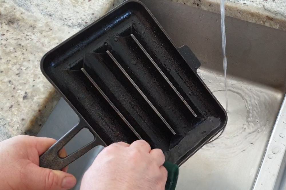 How to clean and maintain your cast iron cookware