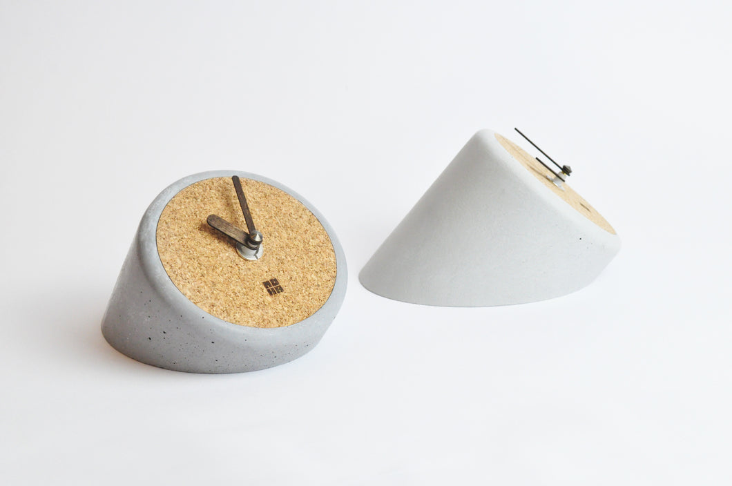 Tube - concrete/cork table clock