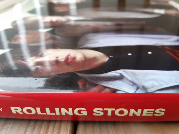 The Rolling Stones - The Illustrated Biography - kirja