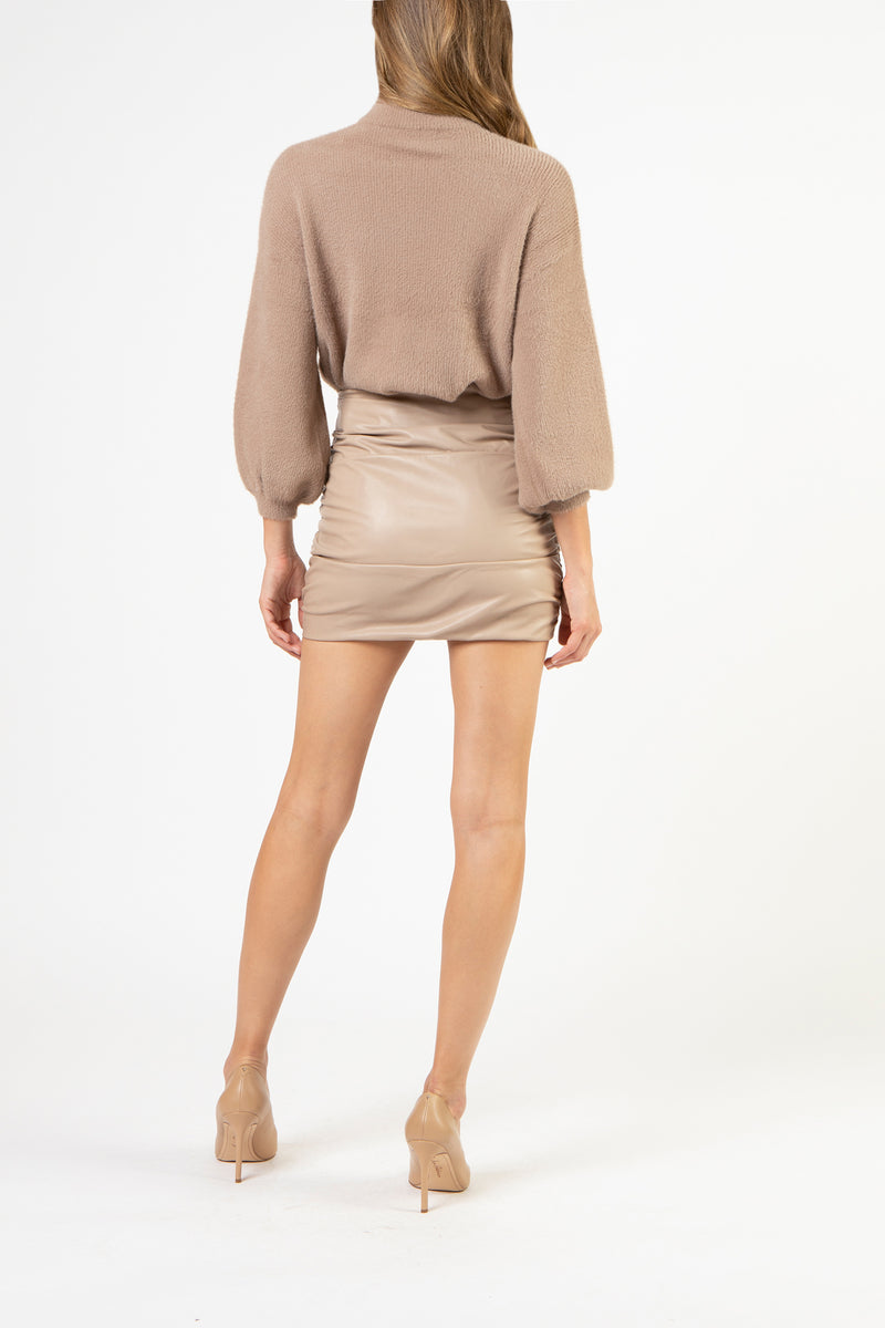 Ruched leather mini skirt - putty
