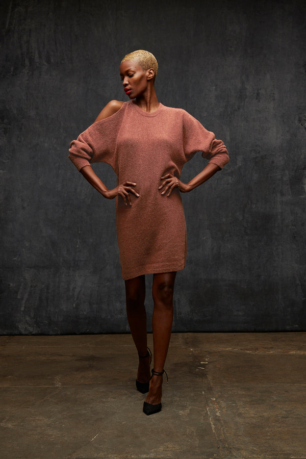 Cold shoulder sweater dress - rose