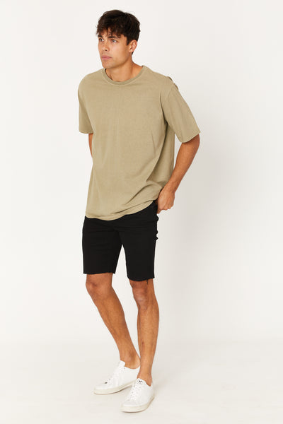Bailey Raw Short Black