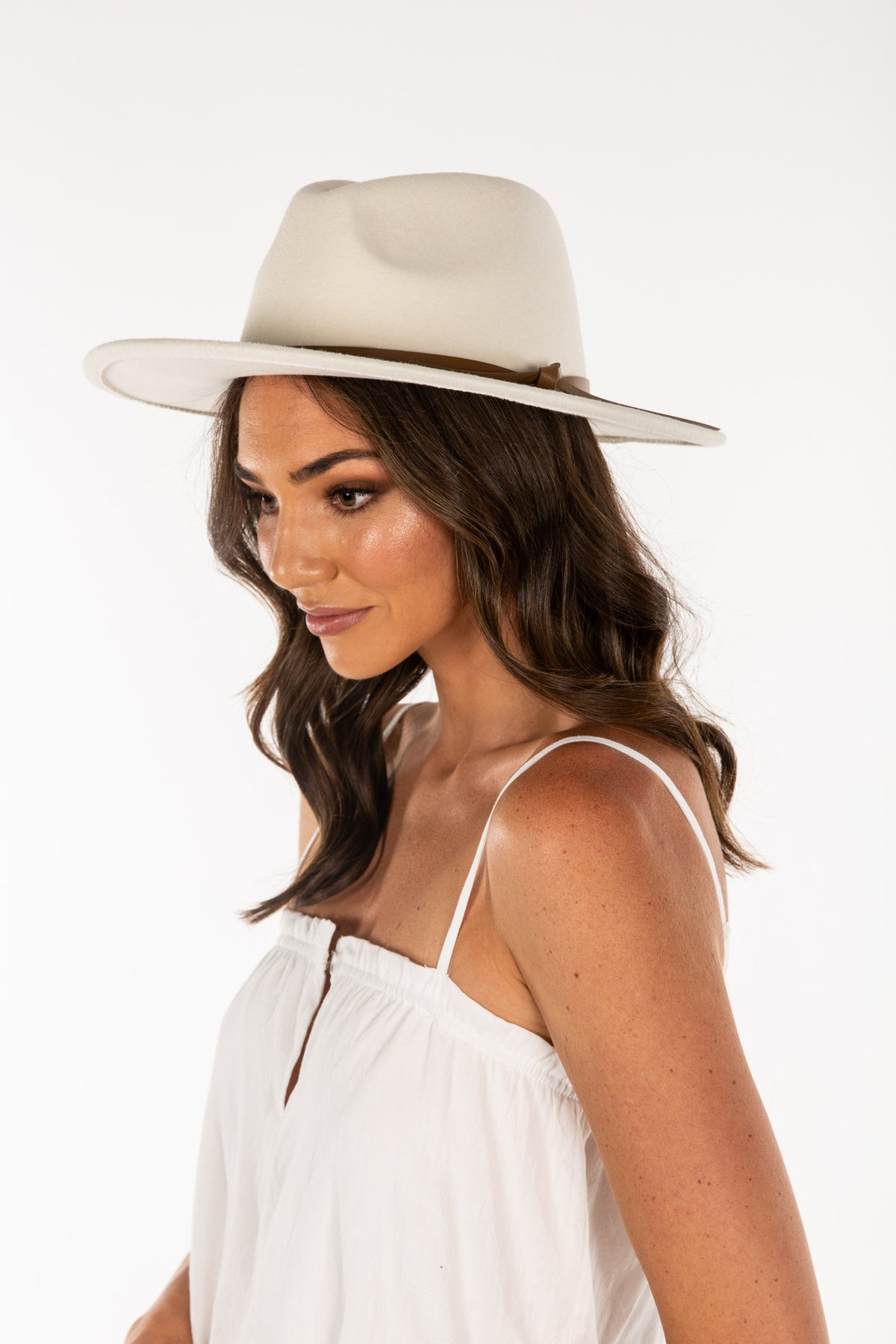 Paloma Hat Bone