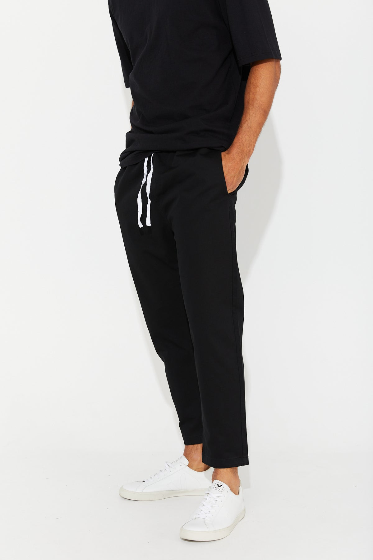 NTH Relaxed Jogger Black