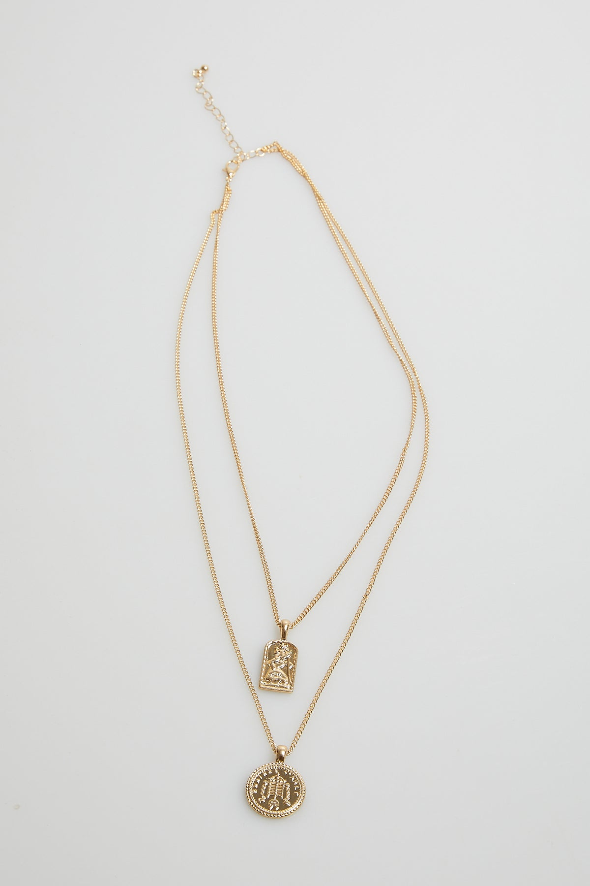 Trinity Pendant Necklace Gold