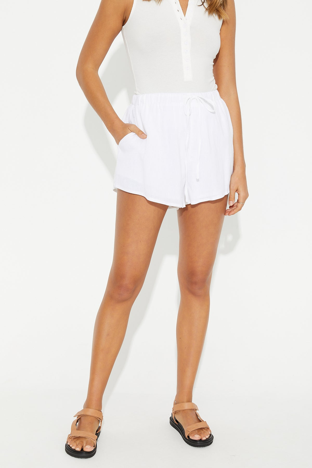 Bella Short White