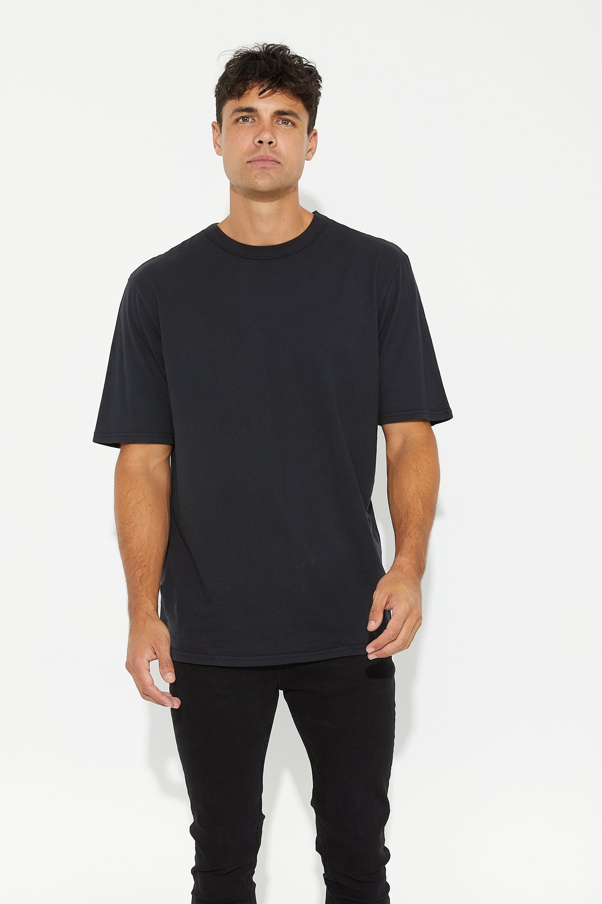 Johnson Neck Bind Crew Black
