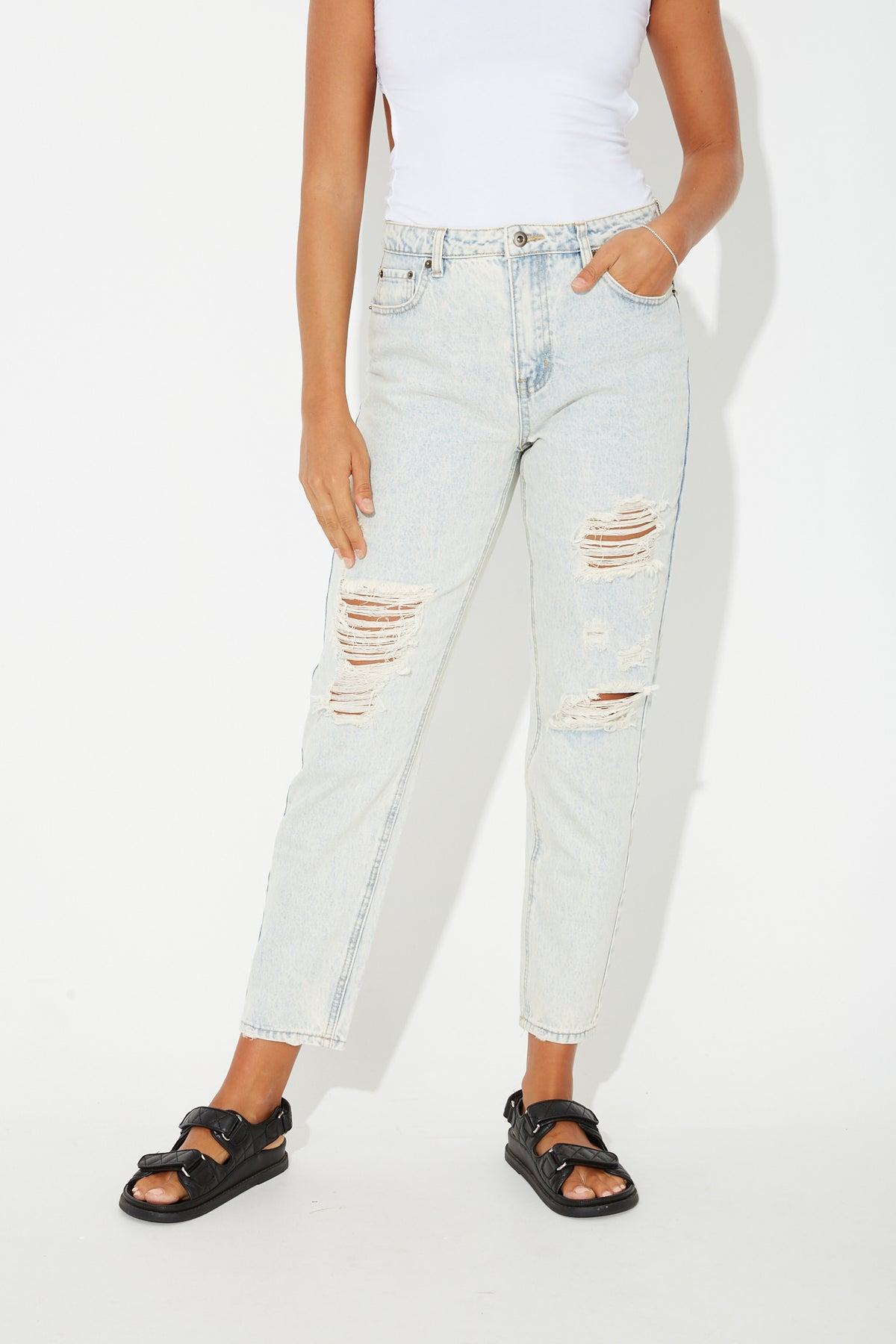Celeste Distressed Jean Vintage Blue