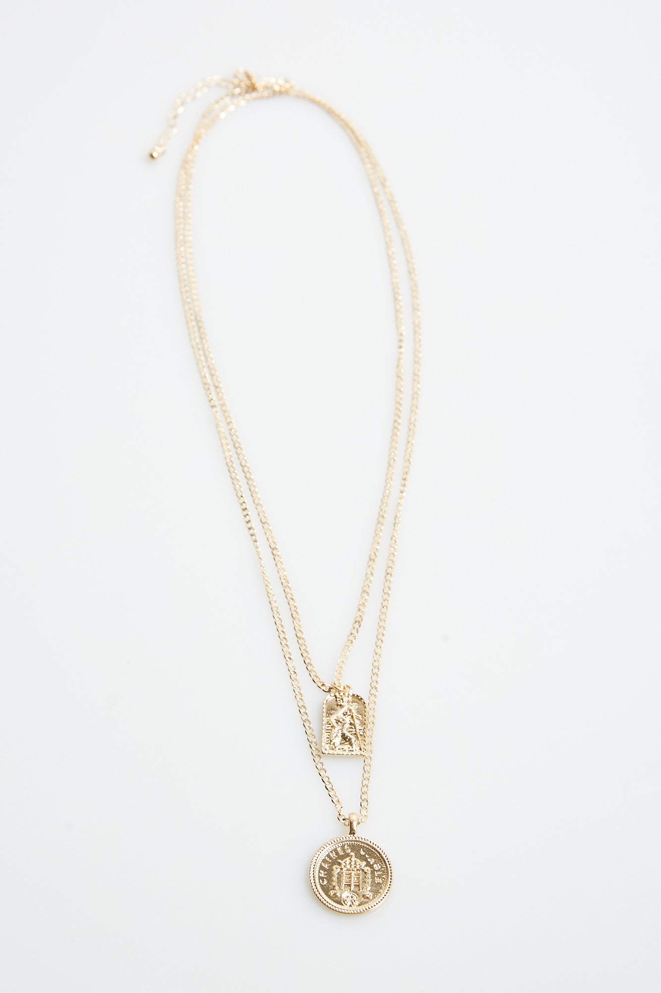 NTH Pendant Necklace Gold