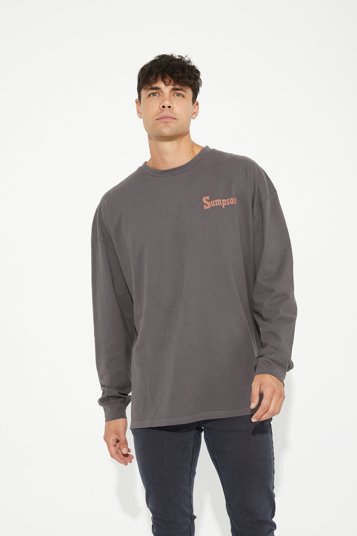 Johnny Long Sleeve Crew Charcoal