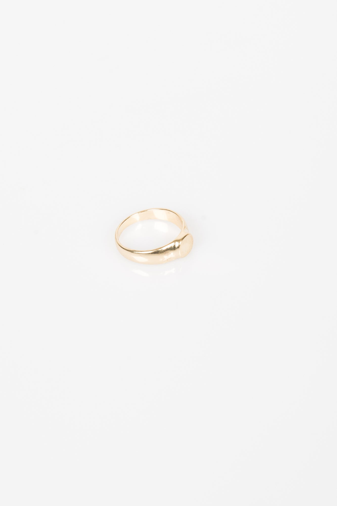 Nth Circle Signet Ring Gold
