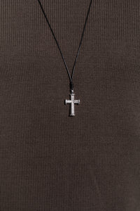 Nth Rope Cross Neckalce Black