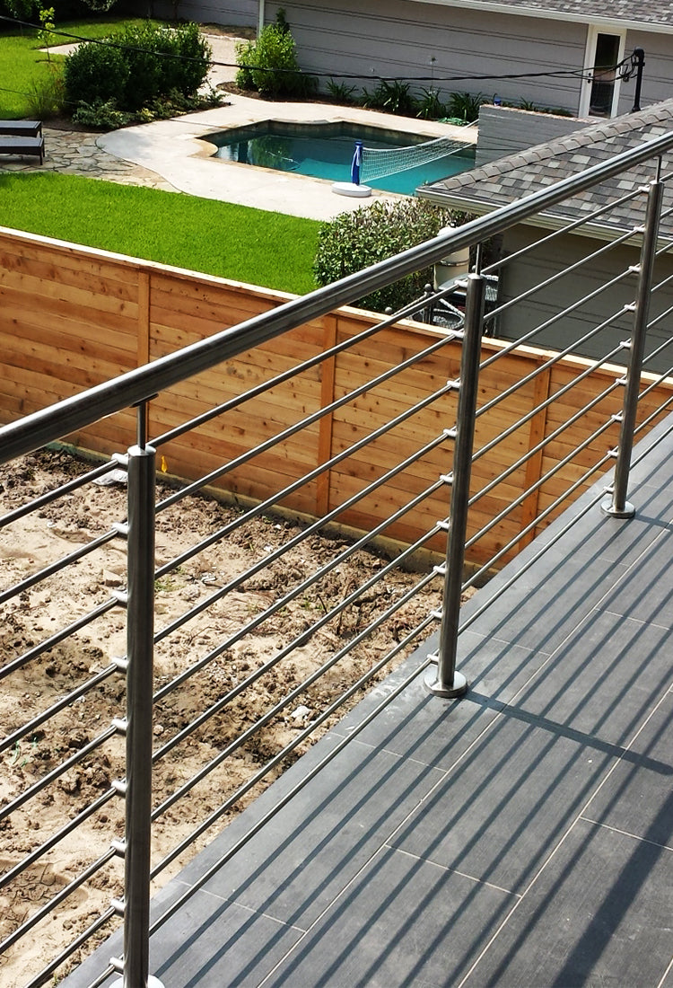Exterior Stainless Steel Cable and Rods railing