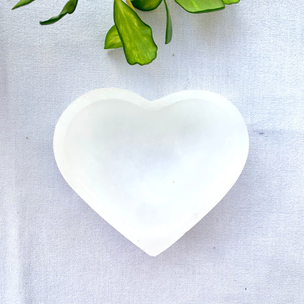 Selenite Heart Trinket Bowl - Thecrystalproject