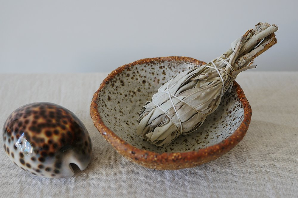 Holistic Smudge Bowl - Thecrystalproject