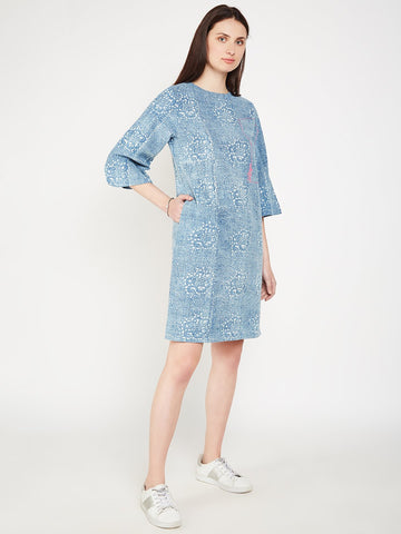 Image of Lyla Woman box sleeve dress