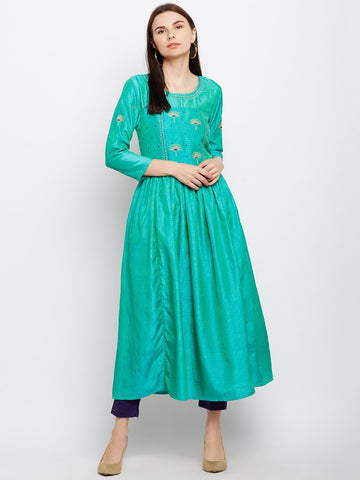 Image of Green Silk Kurta with Machine Embroidery