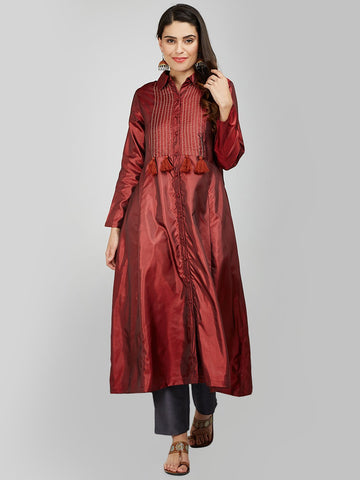 Image of MAROON SILK KURTA WITH TASSEL AND STITCH LINE WORK